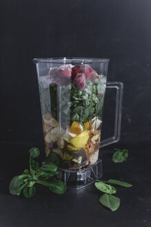 Ingredients of vegetable fruit smoothie - STBF00279