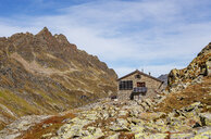Austria, Vorarlberg, Silvretta, Klostertal, trail and mountain hut - WWF04970