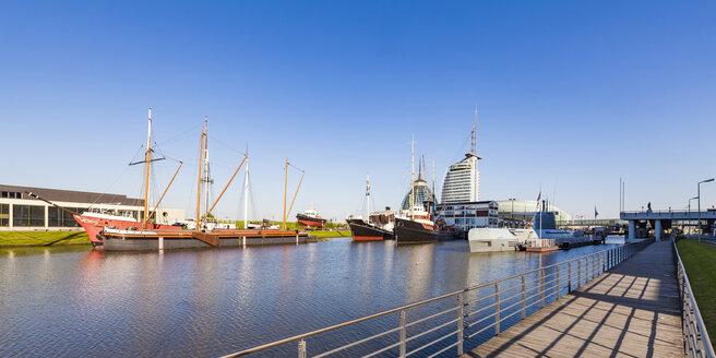 Germany, Bremen, Bremerhaven, Old Harbour, Havenwelten, German Maritime Museum, museum ships - WDF05220
