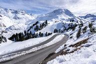 Austria, Tyrol, Kaunertal, glacier road in winter - STSF01887