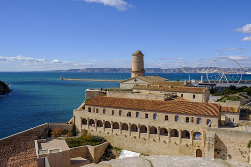 France, Marseille, old harbour, Fort Saint Jean with signal tower - LBF02556