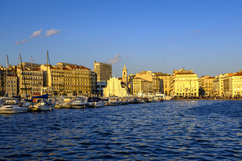 France, Marseille, old town, old harbour - LBF02559