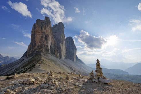 Italy, Sexten Dolomites, Tre Cime di Lavaredo, cairn, Nature Park Tre Cime, Unesco World Heritage Natural Site - RUEF02132