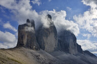 Italy, Sexten Dolomites, Tre Cime di Lavaredo, Nature Park Tre Cime, Unesco World Heritage Natural Site - RUEF02150