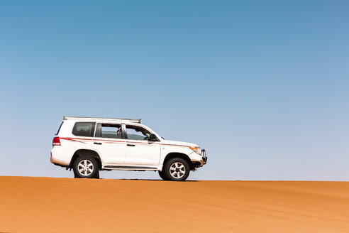 Sultanate Of Oman, Wahiba Sands, Dune bashing in an SUV - WVF01312