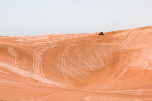 Sultanate Of Oman, Wahiba Sands, Dune bashing in an SUV - WVF01324
