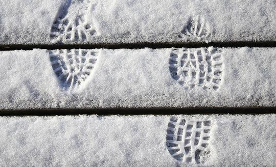 Footprints in snow - HSIF00546