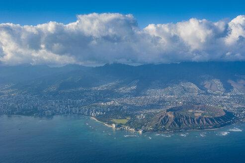 Hawaii, Oahu, aerial view of Honolulu and the Diamond Head - RUNF01887