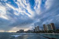 Hawaii, Oahu, Waikiki beach - RUNF01902
