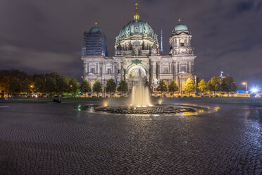 Germany, Berlin, view to lighted Berlin Cathedral - TAMF01422