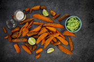 Sweet potato wedges with avocado dip and fleur de sel - LVF08013