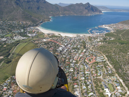 Man flying over Hout Bay, Cape Town, South Africa - JUIF01017