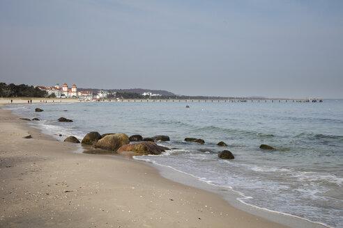 Germany, Ruegen, baltic seaside resort Binz, beach - WIF03896