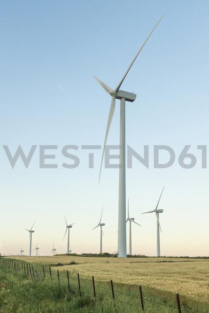 Spain, Andalusia, wind turbines - KBF00610