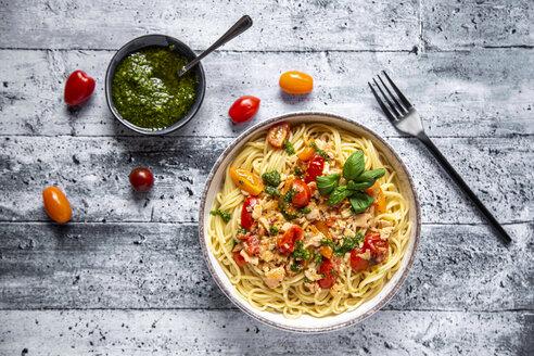 Spaghetti with tomato salmon sauce and ramson pesto - SARF04282
