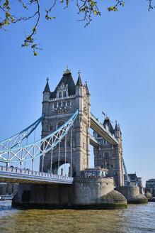 UK, London, River Thames and Tower Bridge - MRF01983
