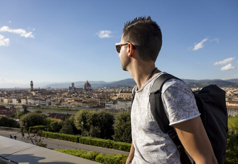 Man enjoying the view of Florence, Florence, Italy - MAUF02456
