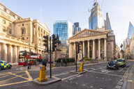 UK, London, Royal stock exchange with London Troops War Memorial and the Shard in the background - TAM01456