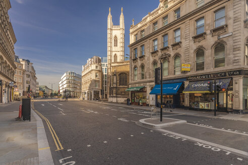 Queen victoria street, mansion house station at the City of London - TAMF01486