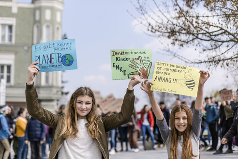 Protest, Demo für den Umweltschutz, Klimaschutz, Vilsbiburg, Bayern, Deutschland - STBF00353
