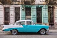Parked vintage car, Havana, Cuba - HSIF00613