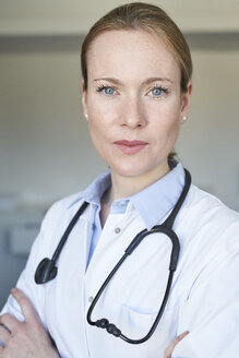 Portrait of confident female doctor - PNEF01504