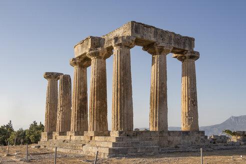 Archaic Temple of Apollo, Dorian columns, Corinth, Greece - MAMF00720