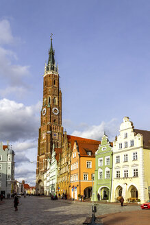 Old town with St. Martin's Church, Landshut, Germany - PUF01536