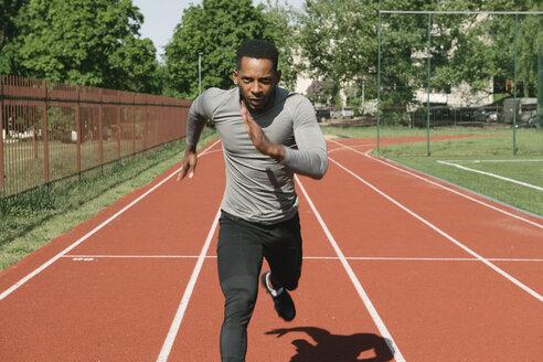 Sportsman running on racetrack - AHSF00413
