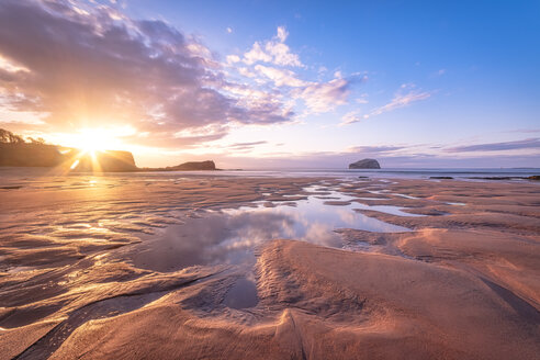 Bass Rock in distance at sunset, North Berwick, East Lothian, Scotland - SMAF01237