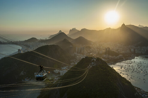 View from the Sugarloaf Mountain with cable car at sunset, Rio de Janeiro, Brazil - RUNF02384