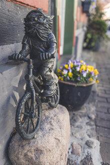 Dwarf sculpture, Hitzacker, Lower Saxony, Germany - KEB01245
