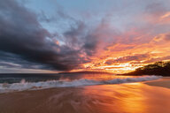 Big Beach at sunset, Makena Beach State Park, Maui, Hawaii, USA - FOF10850