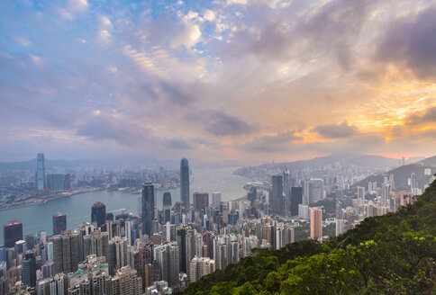 Hong Kong Central skyline and Victoria Harbour, Hong Kong, China - HSIF00662