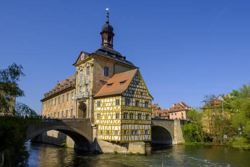 Old city hall and Obere Bruecke at Regnitz, Bamberg, Bavaria, Germany - LBF02605