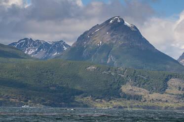 Beagle channel, Argentina, South America - RUNF02779