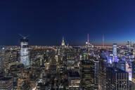 Skyline at blue hour, Manhattan, New York City, USA - MMAF01032