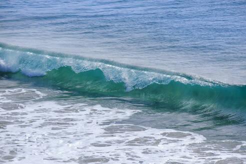 sich brechende Welle, Playas de Papagayo, Punta Papagayo, Playa Blanca, Lanzarote, Kanarische Inseln, Spanien - SIEF08705