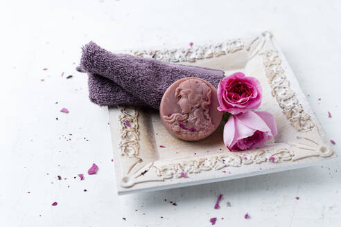 Homemade rose soap, flower and washcloth - MYF02117