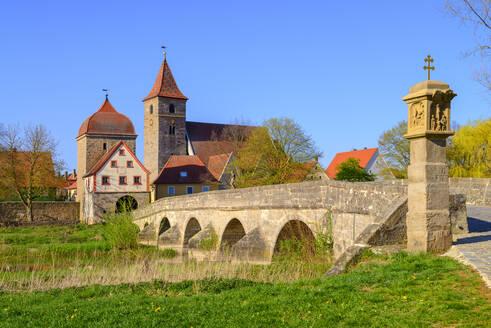 Brücke über die Altmühl, Ornbau, Mittelfranken, Franken, Bayern, Deutschland - LBF02606