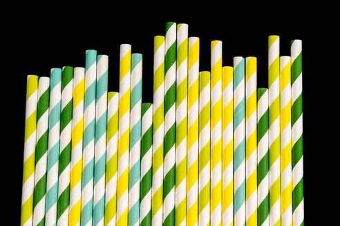 Studio shot of striped drinking straws - AWDF00753