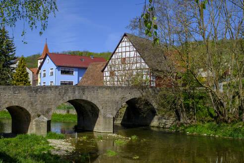 Tauberzell im Taubertal, Adelshofen, Mittelfranken, Franken, Bayern, Deutschland - LBF02617
