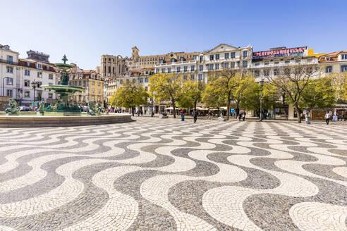 Portugal, Lissabon, Stadtzentrum, Innenstadt, Rossio, Platz, Mosaik, Wellenmosaik, Brunnen - WDF05286