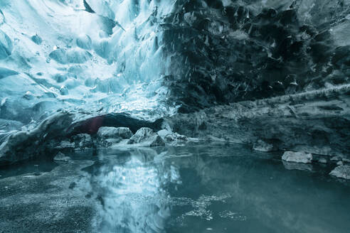 Iceland, South Iceland, Ice cave in Vatnajokull National Park - TAMF01733