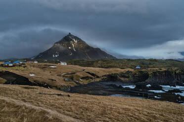 Iceland, Snaefellsjokull-Nationalpark, Hellnar, Smelliness Peninsula at early morning - TAMF01754