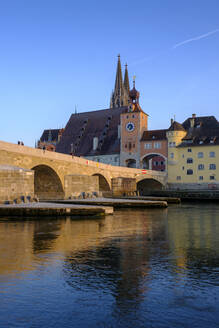 Germany, Bavaria, Regensburg, Old town buildings and Danube River - LBF02618
