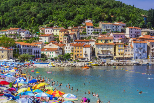 People enjoying at beach by Opatija town during summer - THAF02541
