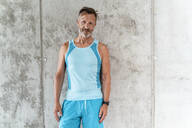 Portrait of a sporty confident man - DIGF07540