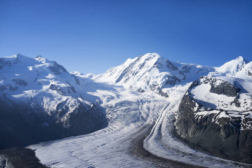 Glacier in remote mountains - BLEF11547