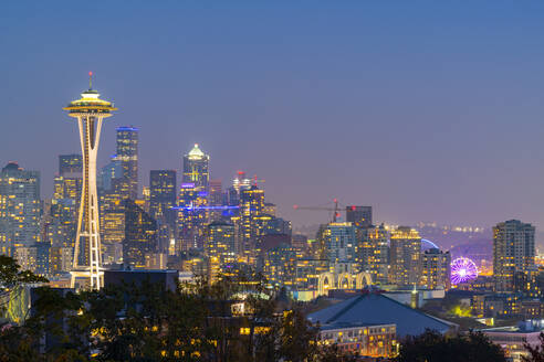 View of the Space Needle from Kerry Park, Seattle, Washington State, United States of America, North America - RHPLF00216